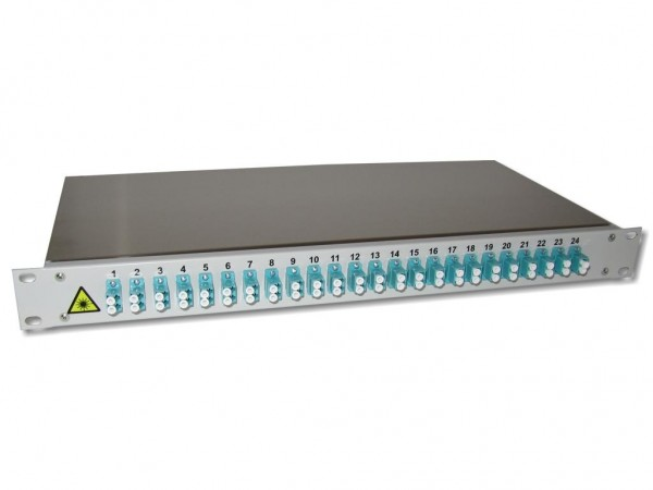 "19"" LWL Spleißbox 1HE mit 24 LC duplex multimode Kupplungen aqua OM3 bestückt"